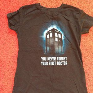3/$25 Dr. Who official tshirt